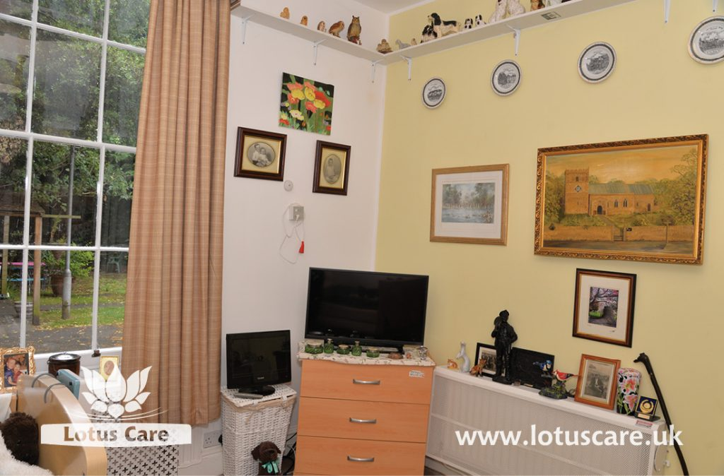 The Villa in Telford, Shropshire – a coupe's room that make their home like their previous home at.